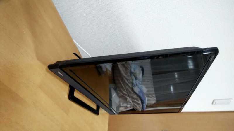 TOSHIBA REGZA 32S21液晶テレビの本体の横側