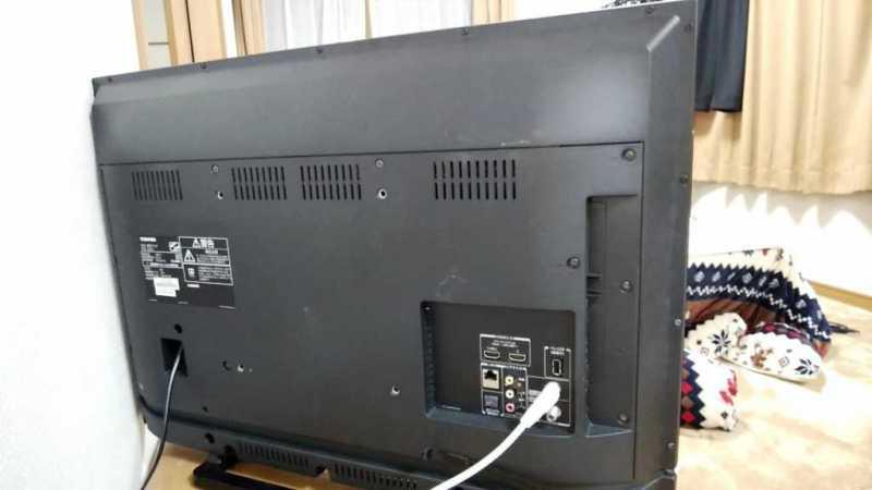 TOSHIBA REGZA 32S21液晶テレビ本体の裏側