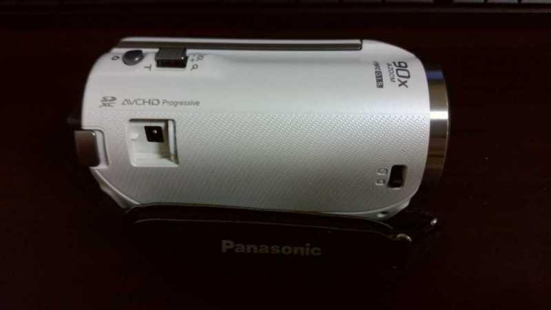 panasonic HC-V480MS(ホワイト)ビデオカメラの上側部分
