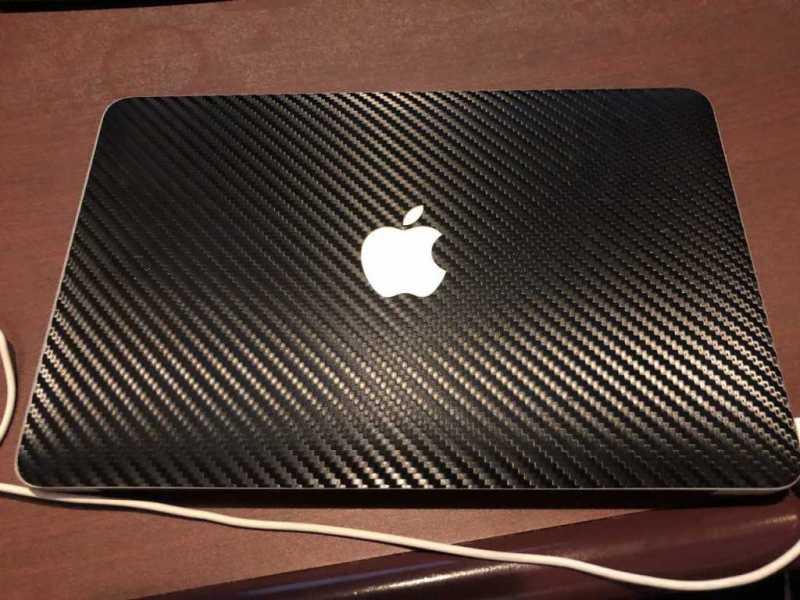 ノートパソコン(Apple MacBook Air 11インチ)