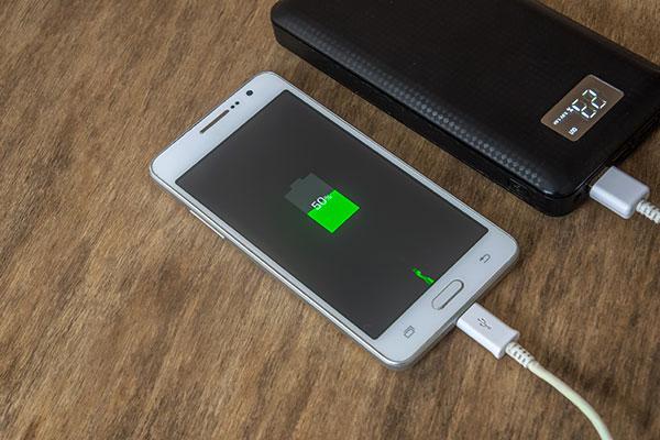 急速充電ができるモバイルバッテリー