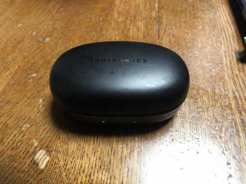 TaoTronics SoundLiberty 79ワイヤレスイヤホンの充電ケース