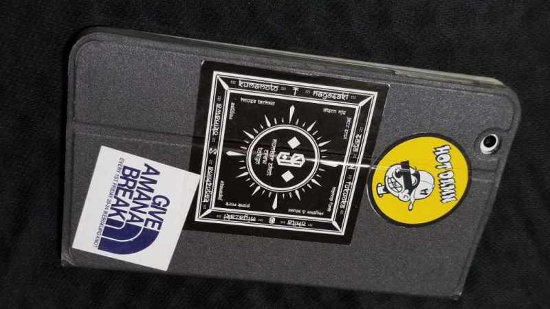 BLUEDOT BNT-802Wタブレットをケースカバーを付けている状態