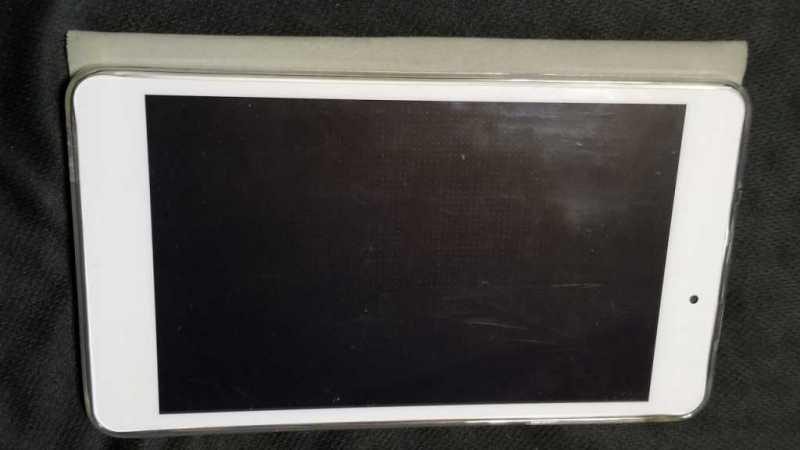 BLUEDOT BNT-802Wタブレットのディスプレイ画面