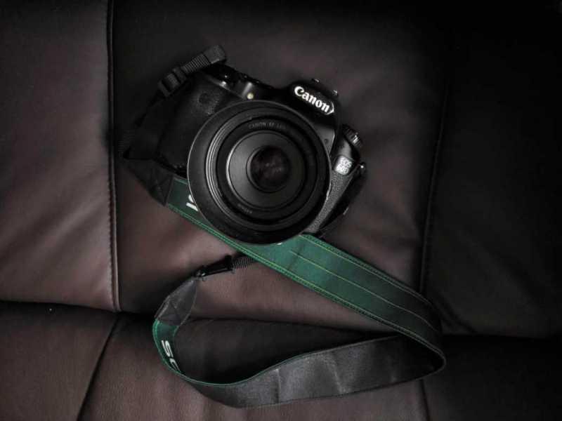 一眼レフカメラ:canon eos60D