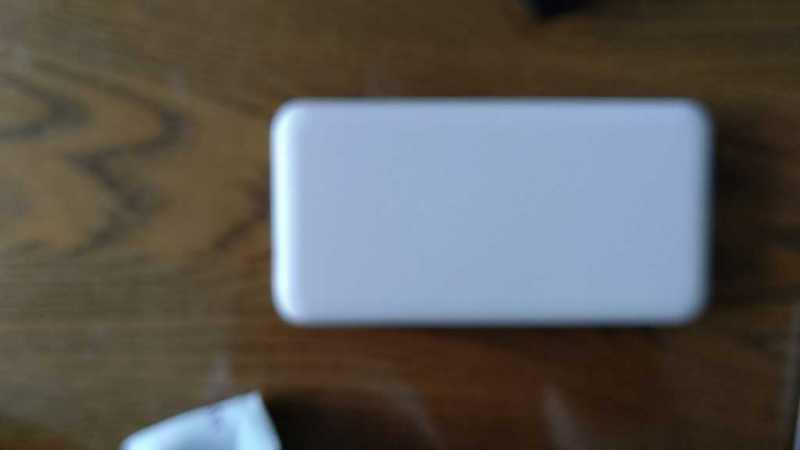 モバイルバッテリー:明城 超小型 6800mAh 型番号Model j32