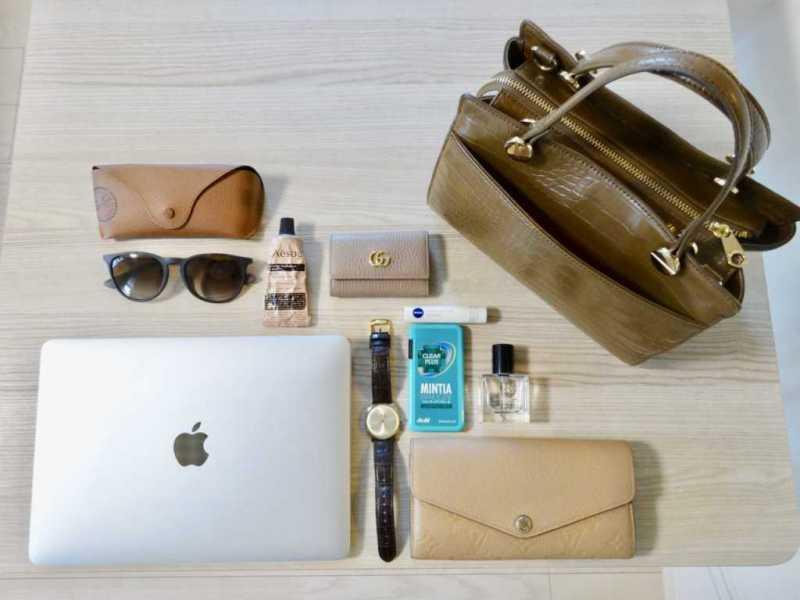 アパレル勤務「デザイン性と利便性抜群のバッグ」なカバンの中身