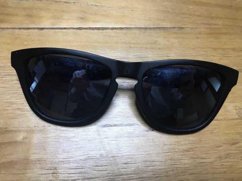 海外で購入したサングラス