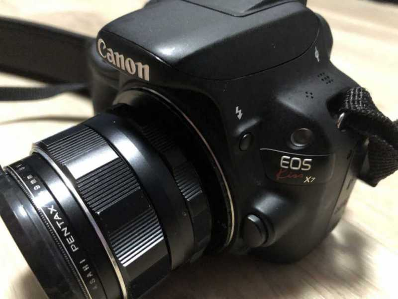 キャノン EOS Kiss X7デジタルカメラの本体