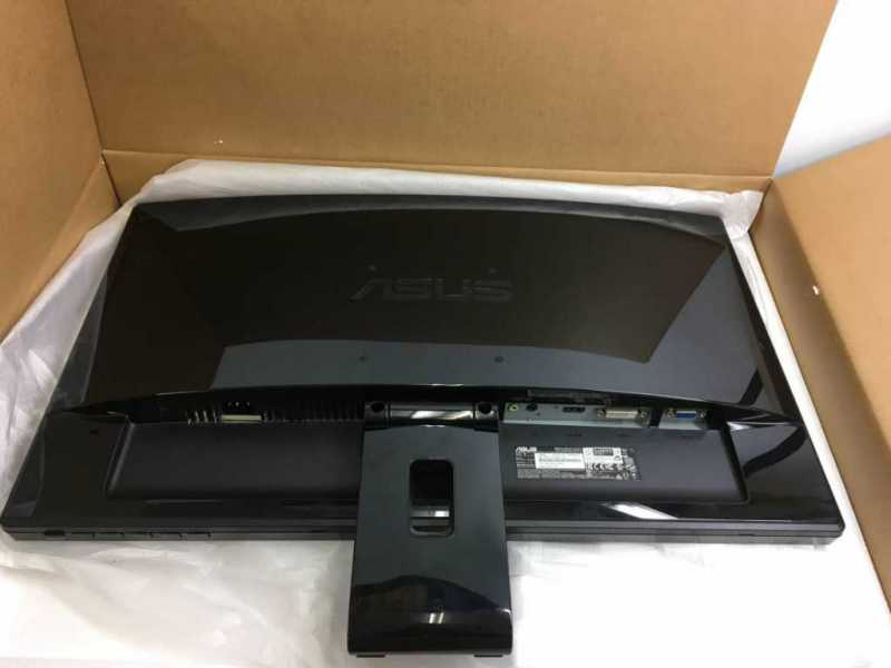ASUS VE248HR(24インチ)PCモニターのバックパネル