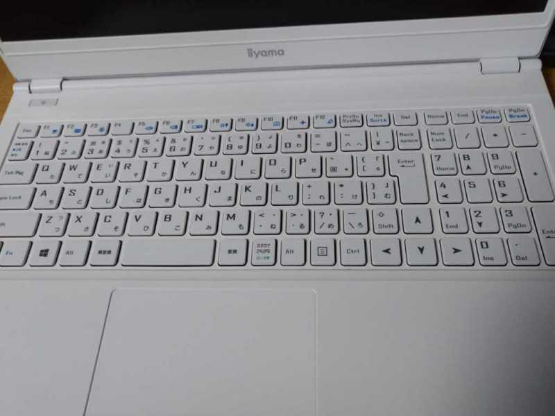 iiyama STYLE-15FH061-i5-UHEVノートパソコンのキーボード