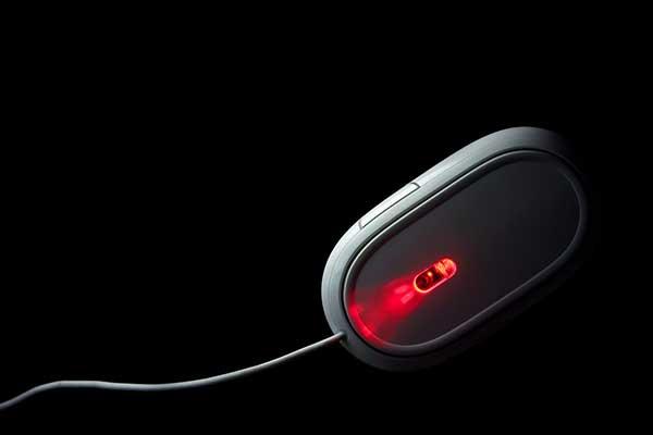 ワイヤレスマウスの読み取り方法で選ぶ