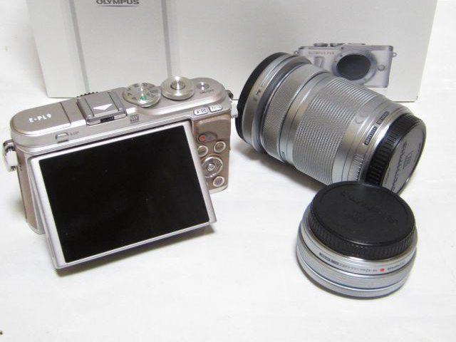 OLYMPUS PEN E-PL9 EZダブルズームキットデジタルカメラのスペック