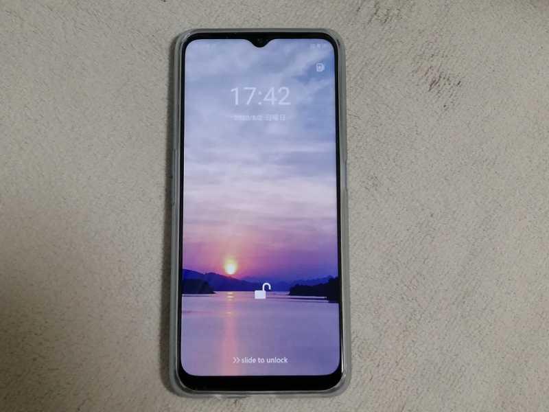 OPPO A5 (2020)スマートフォン(SIMフリー)本体のディスプレイ画面