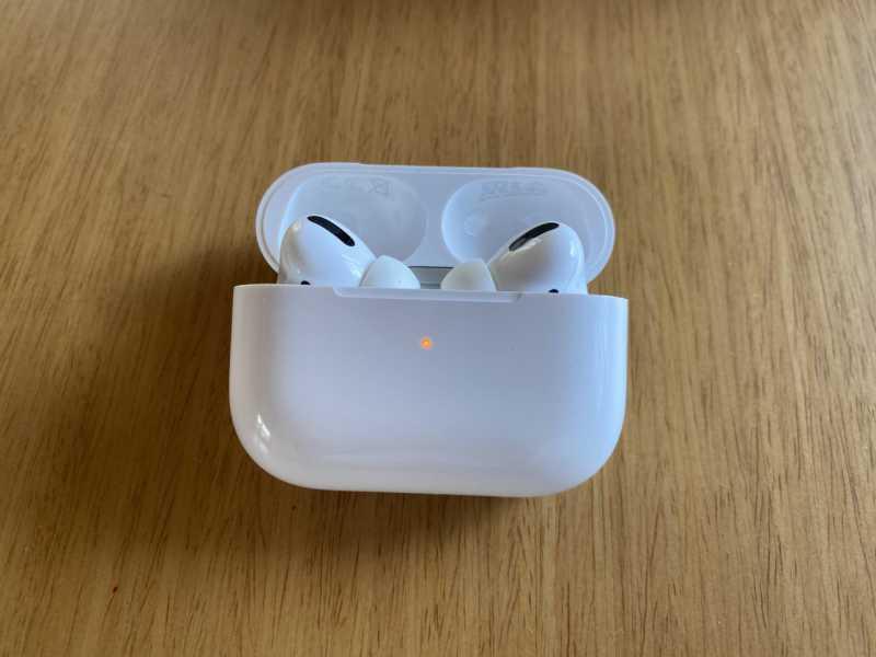 Apple AirPods Proワイヤレスイヤホンの本体