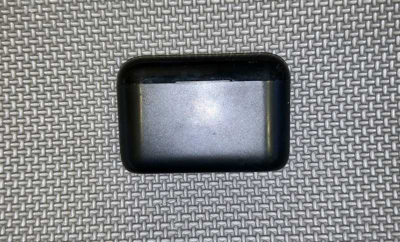 SLUB HBQ-Q32 TWSワイヤレスイヤホンの充電ケース