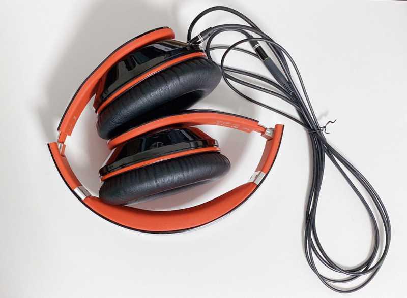 Mpow MPBH059ABワイヤレスヘッドホンの折りたたみの状態
