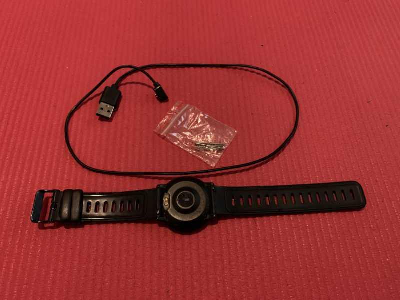 UMIDIGI Uwatch 2Sスマートウォッチの付属品