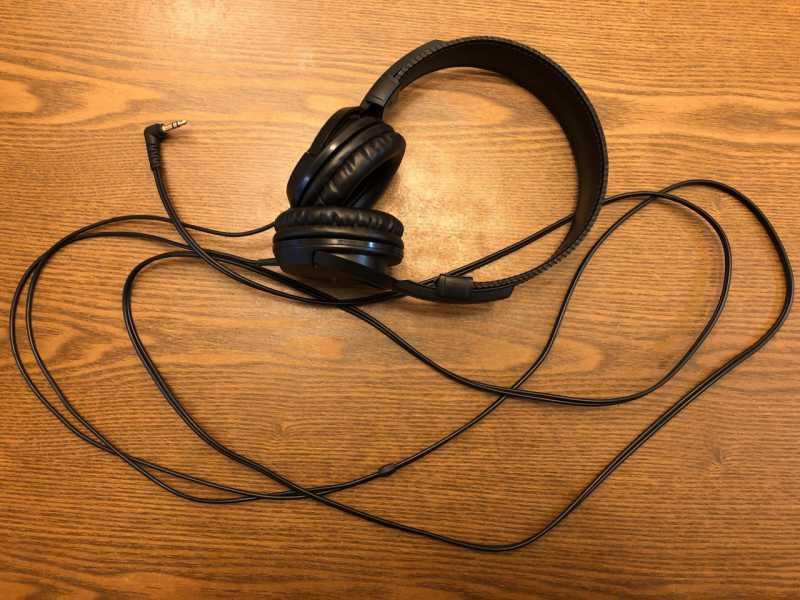 audio-technica ATH-EP100楽器用モニターヘッドホンのコードの長さ