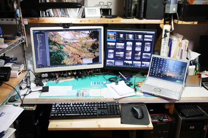 カメラマンの自宅のパソコン作業環境