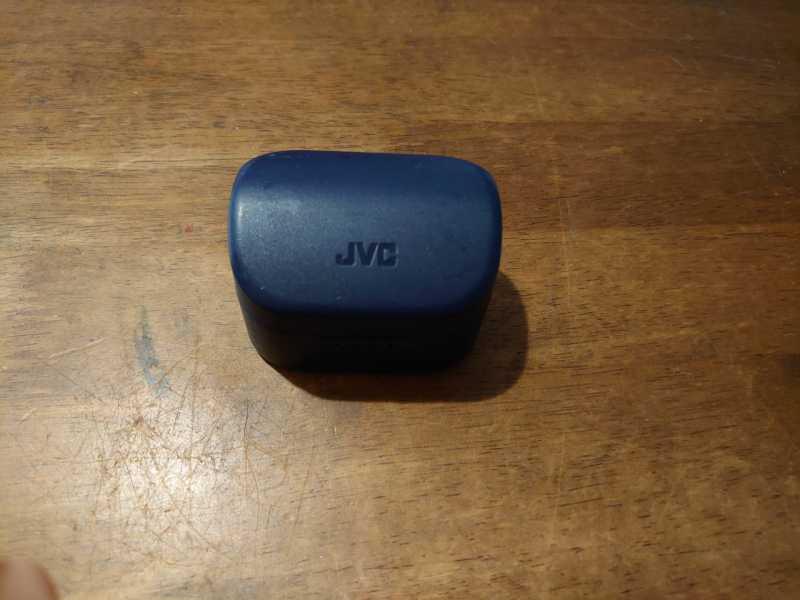 JVC HA-A10Tワイヤレスイヤホンの充電ケース