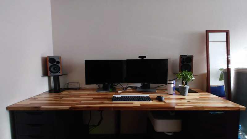 カスタマーデスクの快適なリモートワークを目指した自宅のパソコン環境構築