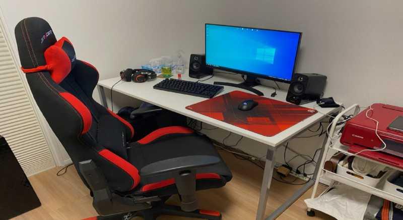 自宅のPCゲーム環境の部屋紹介:26歳男性のパソコン作業環境