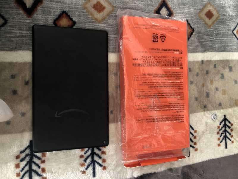 Amazon Fire HD 10 (第9世代)の背面