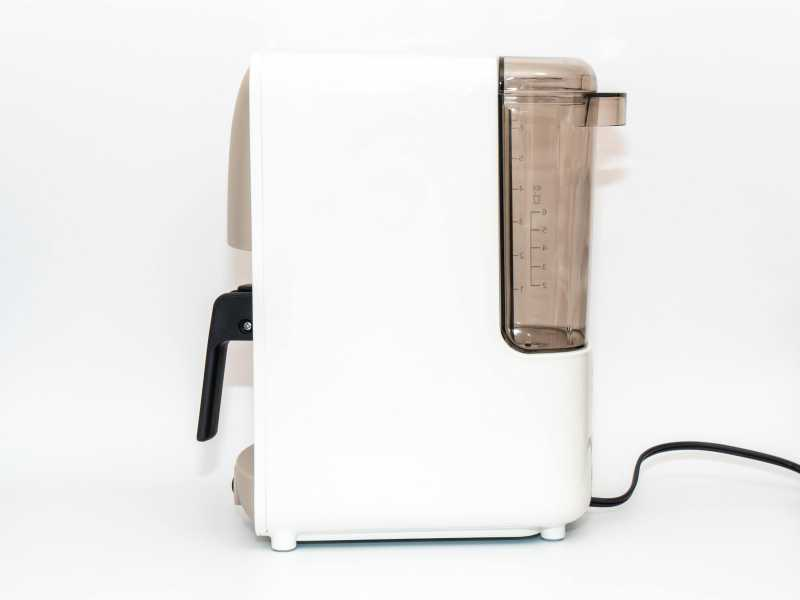 タイガー魔法瓶 ADC-B060コーヒーメーカーの側面