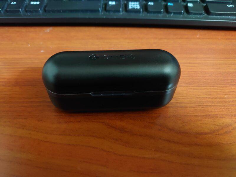 GLIDiC Sound Air TW-7000ワイヤレスイヤホンの充電ケース
