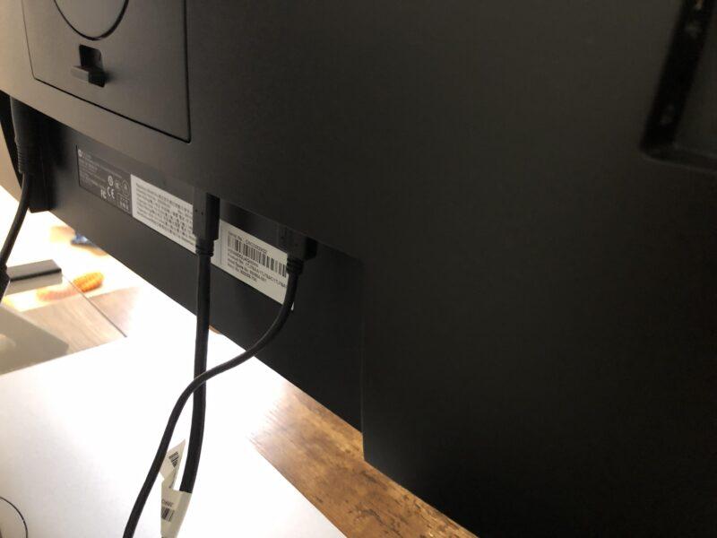 HP EliteDisplay E243d[23.8インチ]PCモニターの接続端子