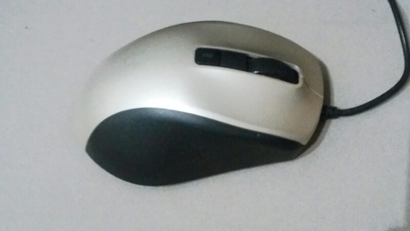BUFFALO BSMBU308マウスのクリック部分
