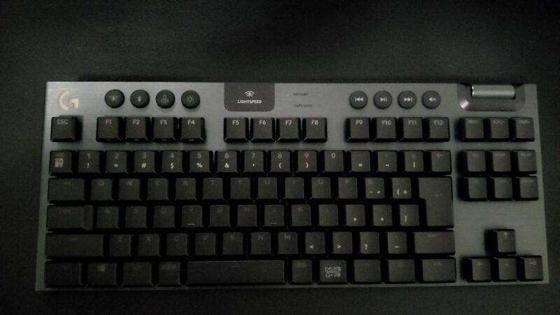 Logicool G913ゲーミングキーボードの全体
