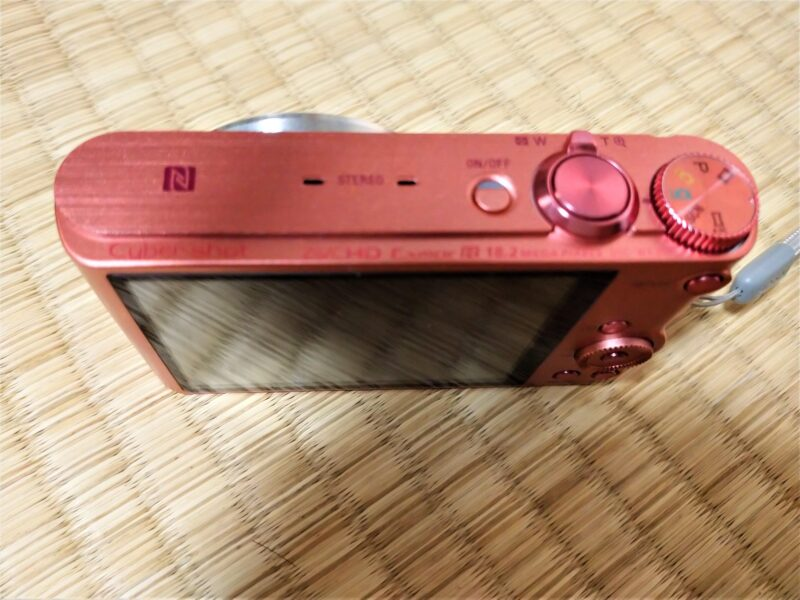 SONY Cyber-shot DSC-WX350デジタルカメラの上部ボタン部分