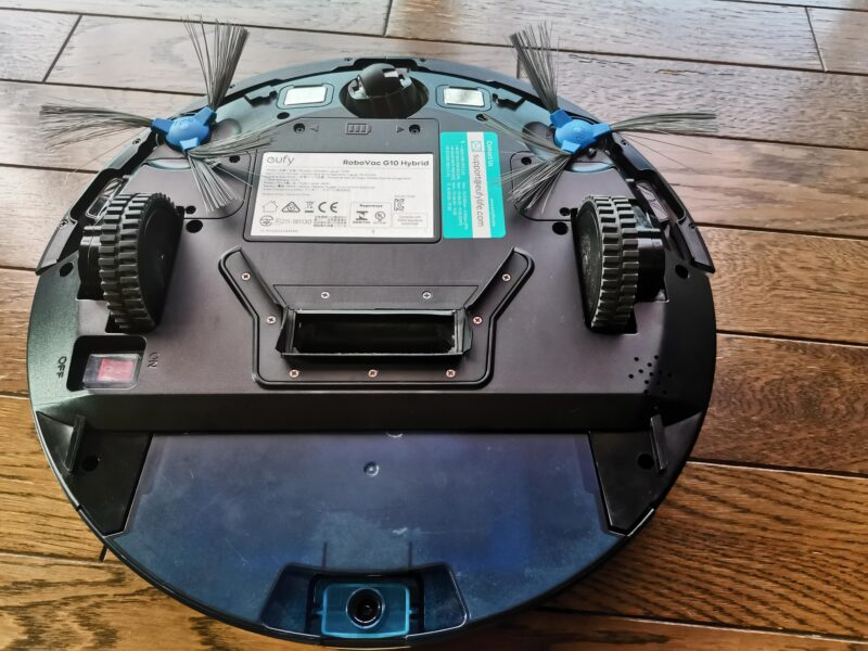 Anker Eufy RoboVac G10 Hybridロボット掃除機の裏側